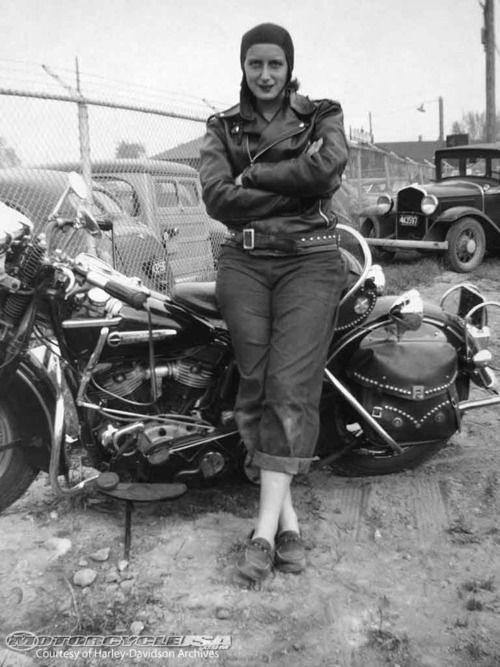 Woman-30s-Motorcycle